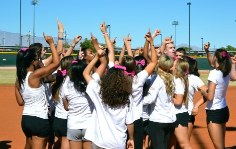 Traditional Rivalry at Powder Puff 2013