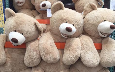 Teddy bears bring comfort to kids in distress