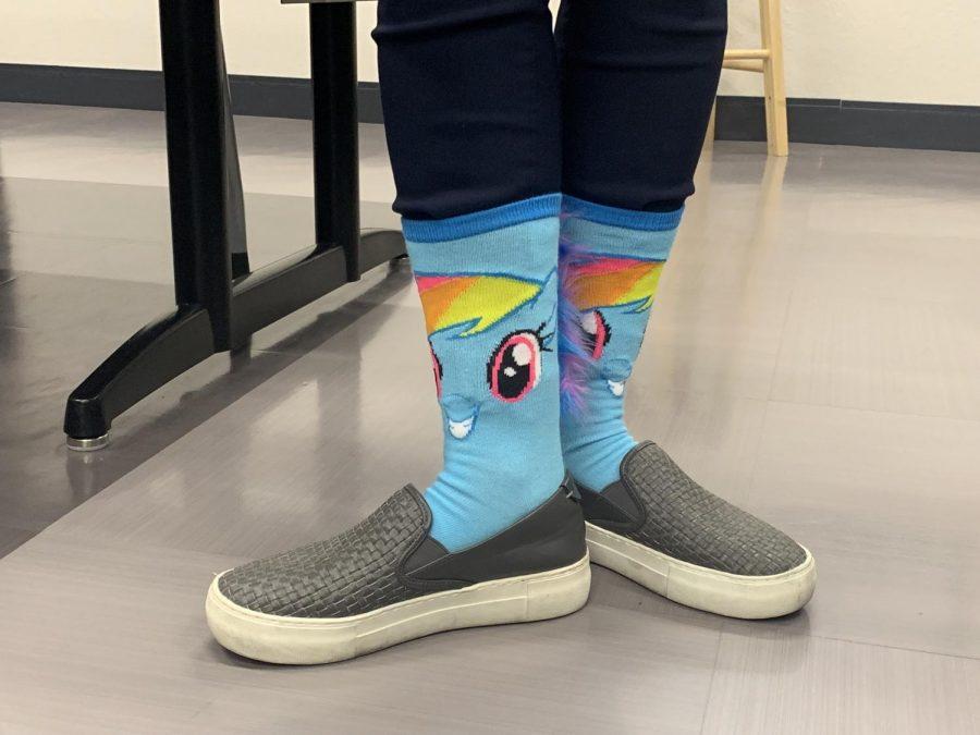 Mrs.+Gravitt%27s+%22My+Little+Pony%22+socks+embellished+with+a+fur+rainbow+mane.